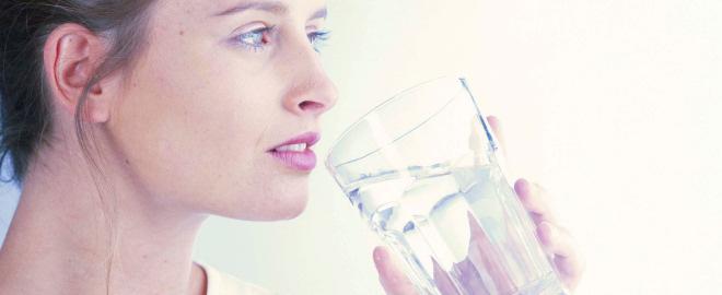 potomanie consommation excessive d 39 eau troubles alimentaires conseil f minin. Black Bedroom Furniture Sets. Home Design Ideas